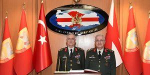 Kara Kuvvetleri Komutanlığında devir-teslim yapıldı