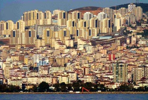 istanbul-un-beton-tarla.jpg