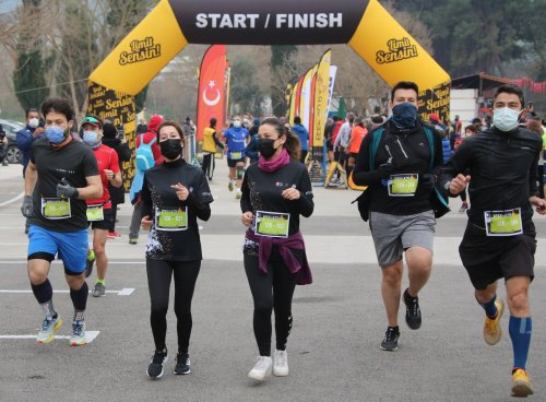 efes-ultra-maratonu-kitap-bagisi-(3).jpeg