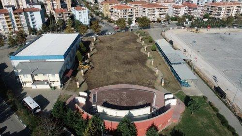 gaziemir'in-festival-alani-yenileniyor-(2).jpg