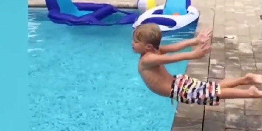 Gülmekten Yarılacağınız Aşırı Komik Videolar